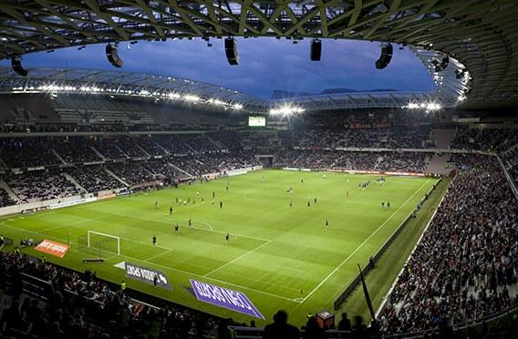 Thorn illumina gli stadi francesi degli europei di